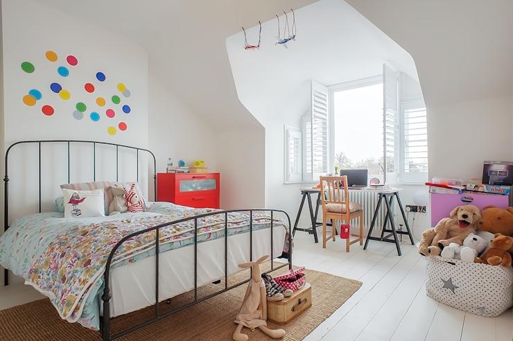 Rénovation complète d'une maison avec extension Crittall, Londres HollandGreen Chambre d'enfant de style éclectique.